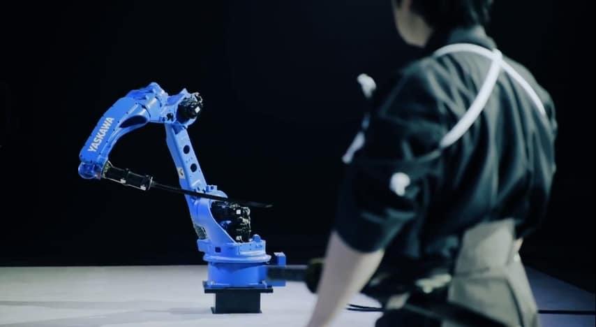 Robot VS Samurái
